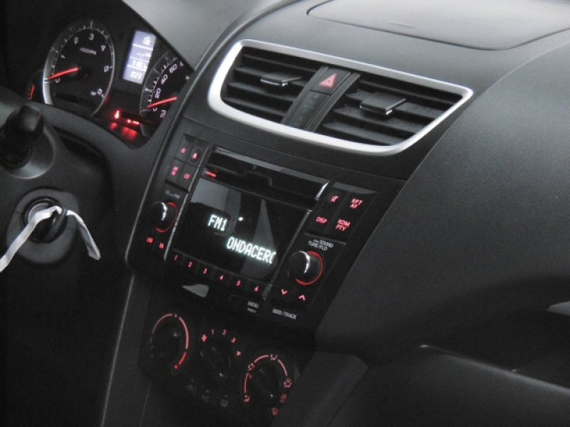 Suzuki Swift 1.3 DDiS 5p 55kw (75CV) GLX