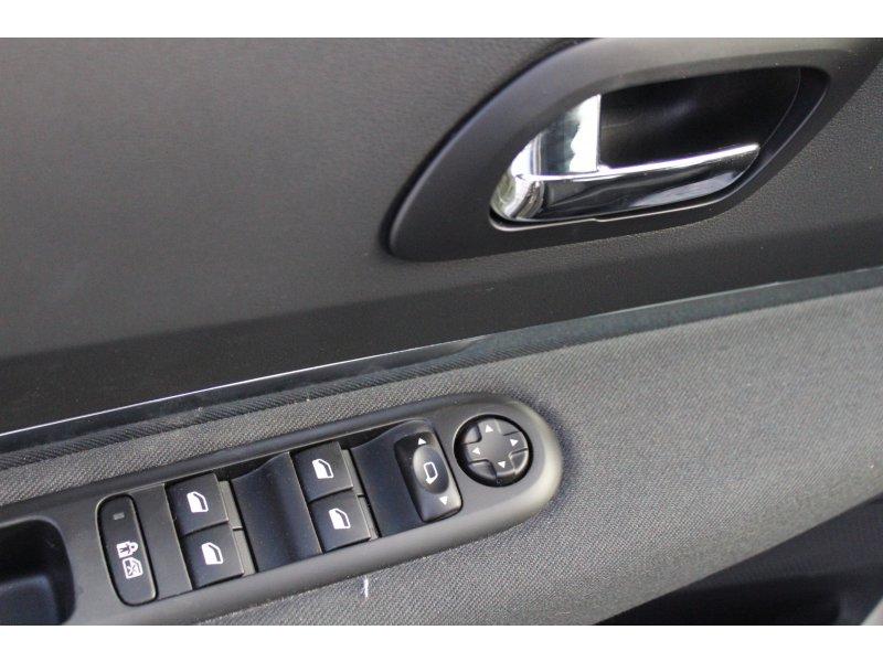 Peugeot 3008 1.6 HDI 112 FAP Active