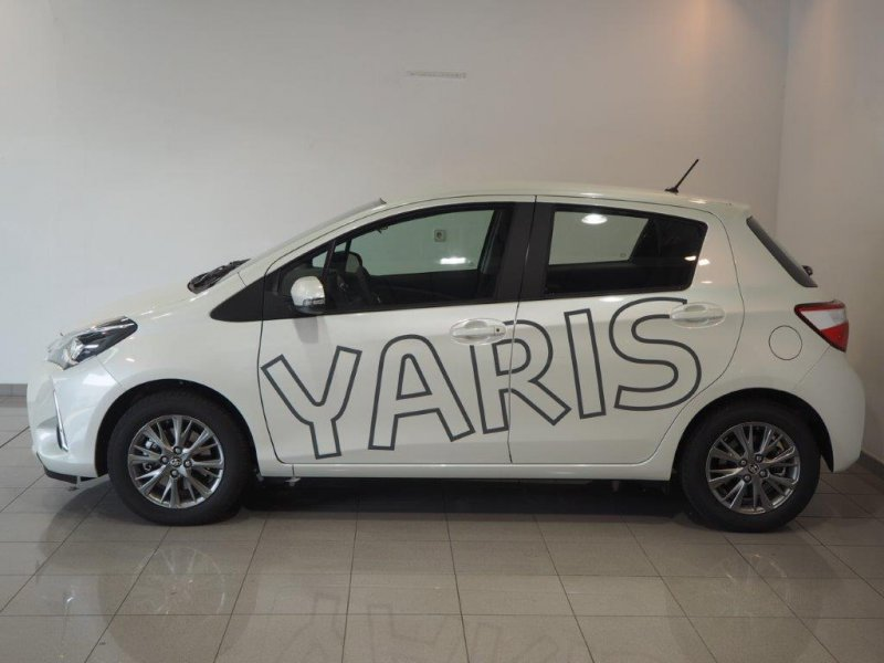 Toyota Yaris 110 Active