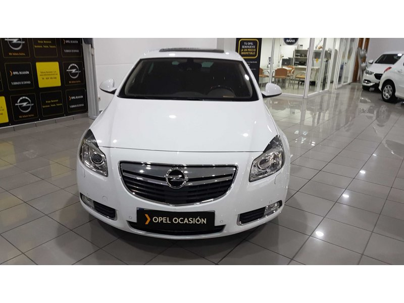 opel insignia 2 0 cdti 160 cv auto excellence diesel blanco con 131000kms en illescas toledo. Black Bedroom Furniture Sets. Home Design Ideas