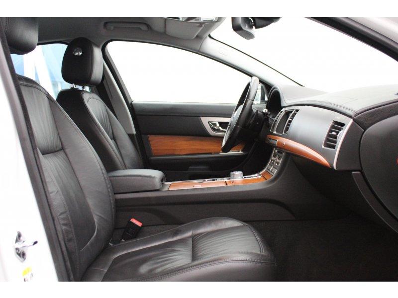 Jaguar XF 3.0 V6 Diésel Premium Luxury