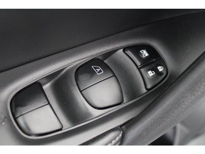 Nissan X-Trail 1.6 dCi XTRONIC N-CONNECTA