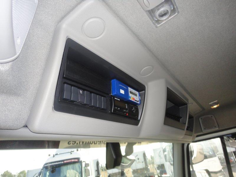 Renault Trucks D 320