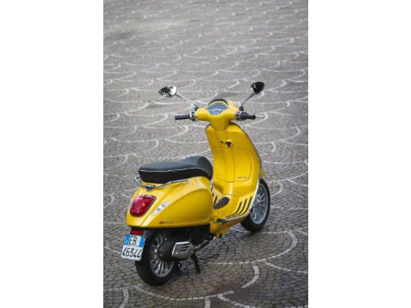 Vespa Sprint 50 4T 4v Monocilíndro 4T 4V Scooter