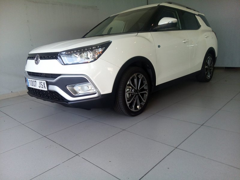 SsangYong XLV D16T Limited