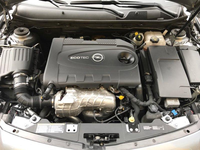 Opel Insignia Sports Tourer 2.0 CDTI 160 CV Edition