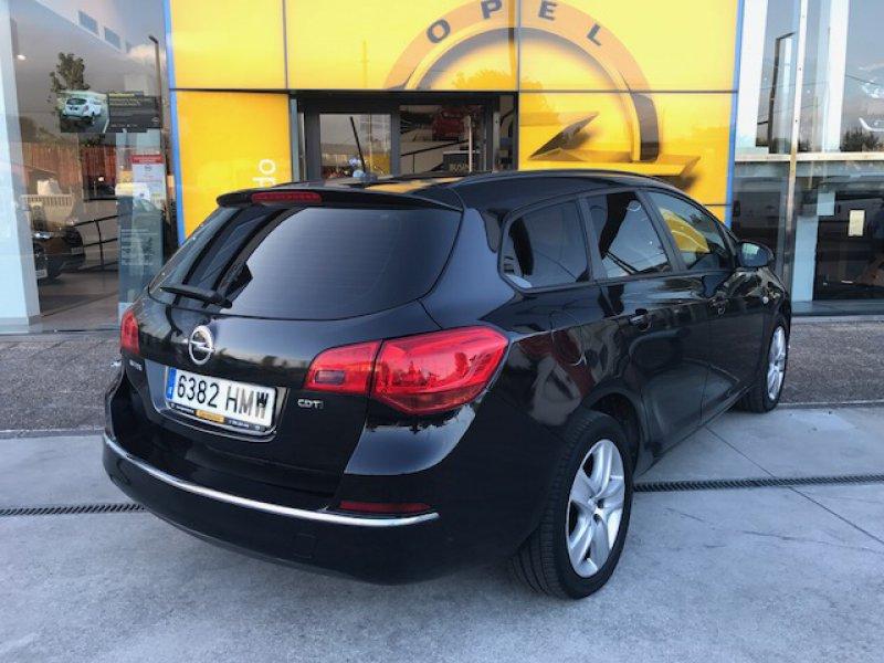 Opel Astra 1.7 CDTi 110 CV ST Selective