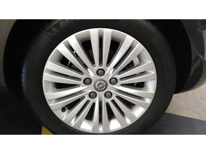 Opel Astra 1.7 CDTi 110 CV Selective