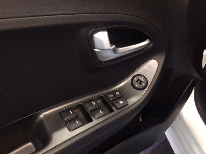 Kia Picanto 1.0 CVVT 66CV TECH