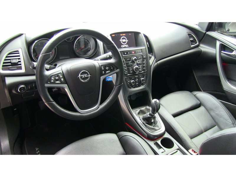 Opel Astra 1.7 CDTi S/S 130 CV ST Excellence