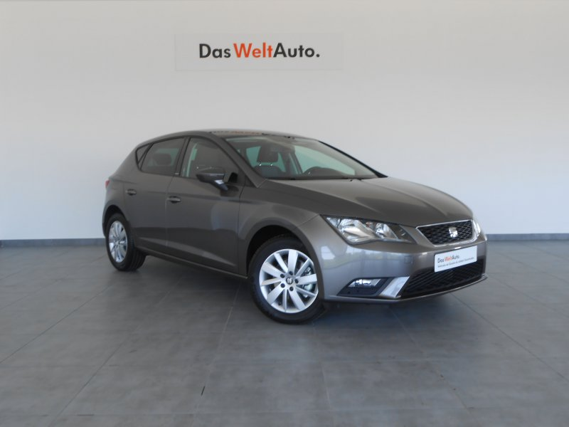 SEAT Nuevo León 1.6 TDI 110cv St&Sp Reference Connect