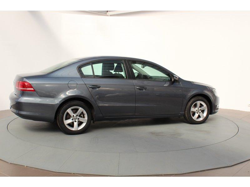Volkswagen Passat 1.6 TDI 105cv Tech Edition BlueMotion