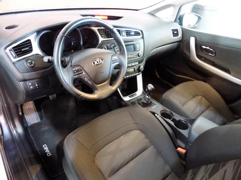 Kia ceed 1.4 CRDi WGT Drive