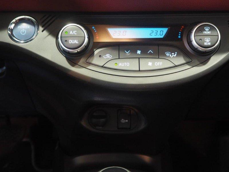 Toyota Yaris 100H AUTOMATICO Feel