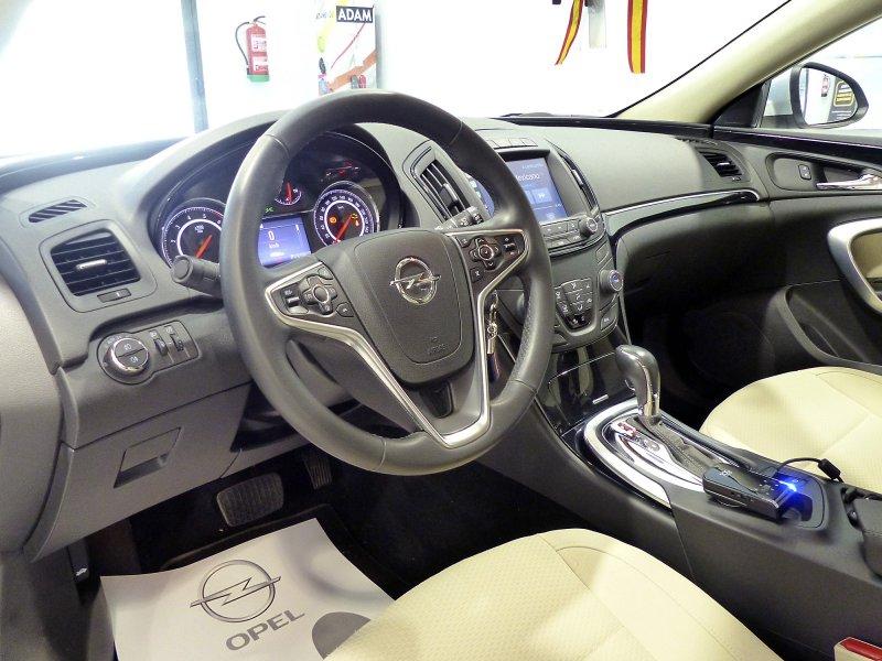 Opel Insignia ST 1.6 CDTI 136 CV Auto Selective