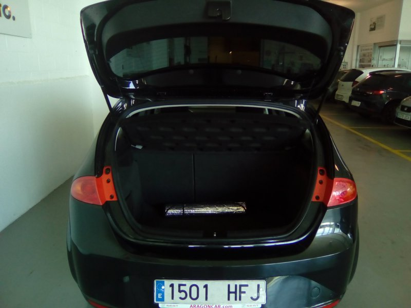 SEAT León 1.6 TDI 90cv Reference