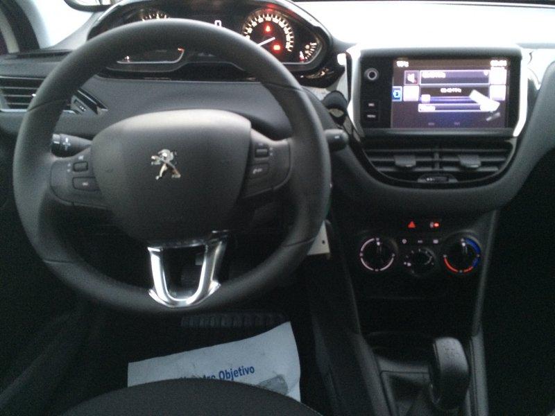 Peugeot 208 5P STYLE 1.6 BlueHDi 100 Style