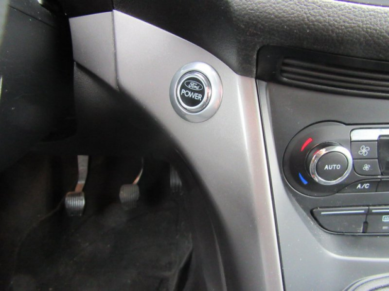 Ford Kuga 2.0 TDCi 140 4x4 Titanium
