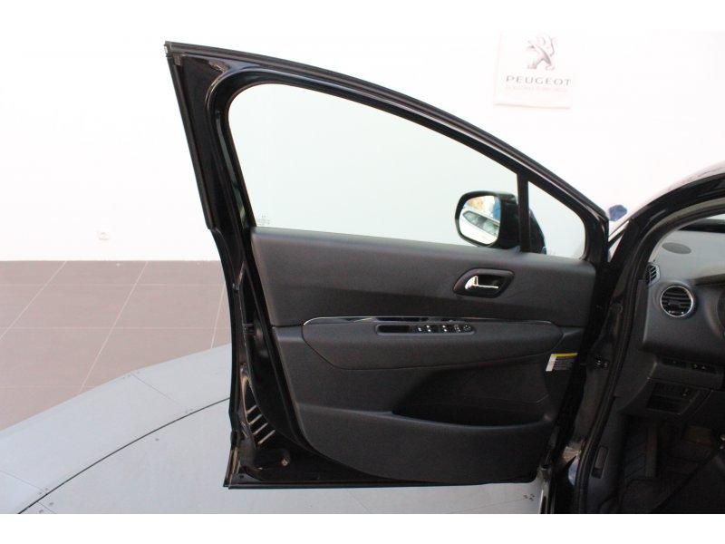 Peugeot 3008 91g HYbrid4
