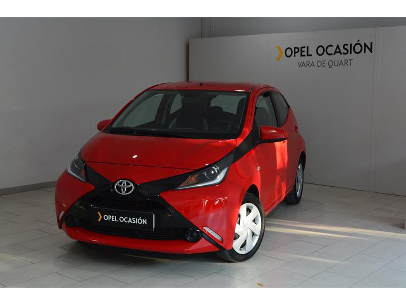 Toyota Aygo 1.0 70cv play bussines