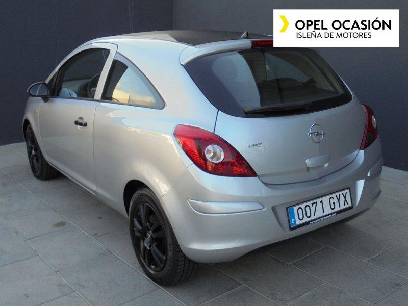 Opel Corsa 1.4 90 CV C'Mon