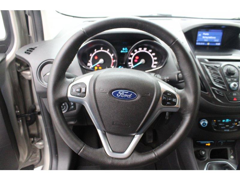 Ford Tourneo Courier 1.0 EcoBoost 100cv Titanium