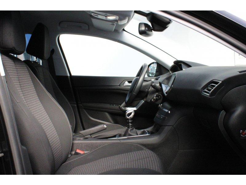 Peugeot 308 5p 1.2 PureTech 110 Style