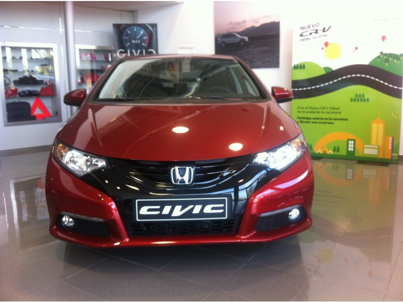 Honda Civic 1.4 SPORT PIVE FINANCIADO