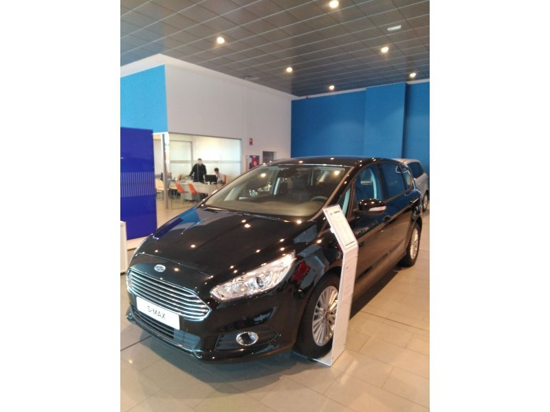Ford S-Max 2.0 TDCi 150CV Trend