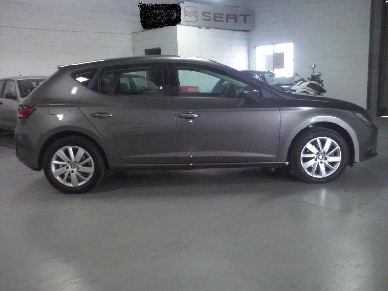 SEAT Nuevo León 1.6 TDI 110cv St&Sp Ecomotive Style