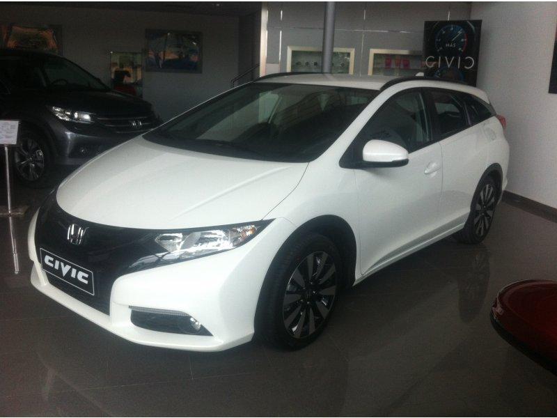 Honda Civic TOURER I-DTEC  FINANCACIACION   PIVE