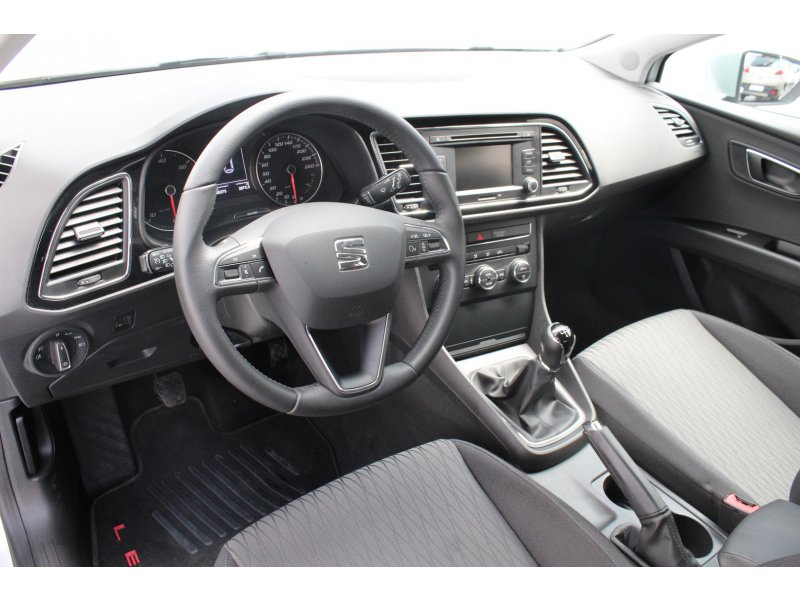 SEAT León 1.6 TDI 90cv Emoción