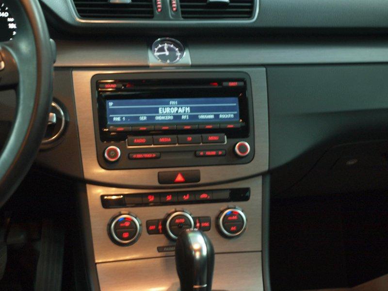 Volkswagen Passat 2.0 TDI 140cv DSG Exclusive BMT Exclusive Bluemotion