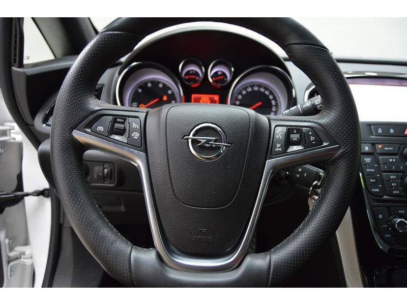 Opel Astra GTC 2.0 195CV