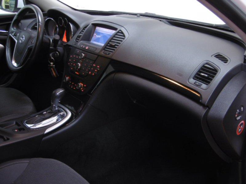 opel insignia sports tourer 2 0 cdti 160 cv auto 118kw 160cv cosmo diesel blanco en albacete. Black Bedroom Furniture Sets. Home Design Ideas