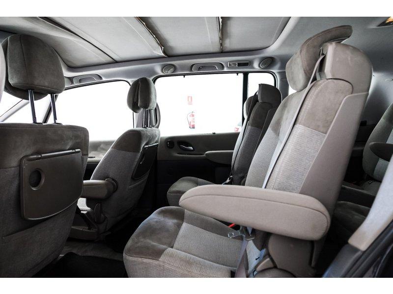 Renault Grand Espace 2.2 dCi 16v DYNAMIQUE
