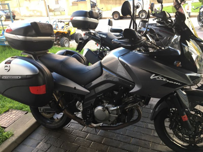 Suzuki-Moto VStrom 650 ABS BICILINDRICO MOTOCICLETA