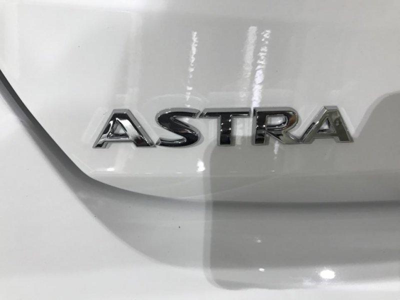 Opel Astra 1.6 CDTI 110CV Selective