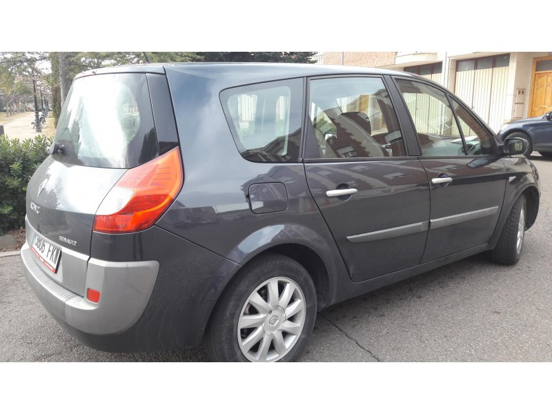 Renault Grand Scénic 1.5dCi105 EU4 Emotion