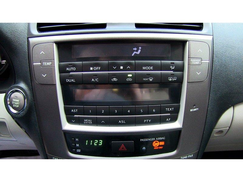 Lexus IS 220d MY10 Premium