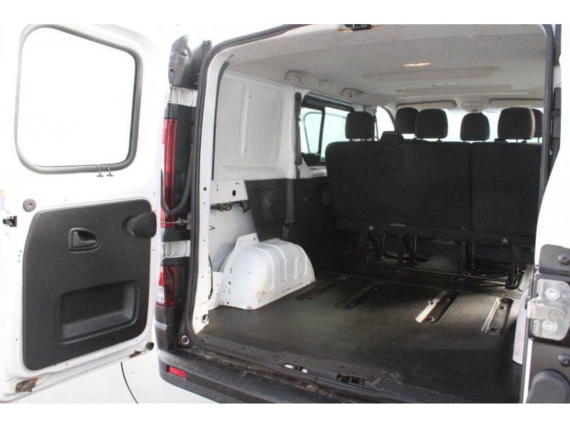 Renault Trafic Pass. Com. M. 5/6-N1-27 Corto dCi 115 E5 Passenger