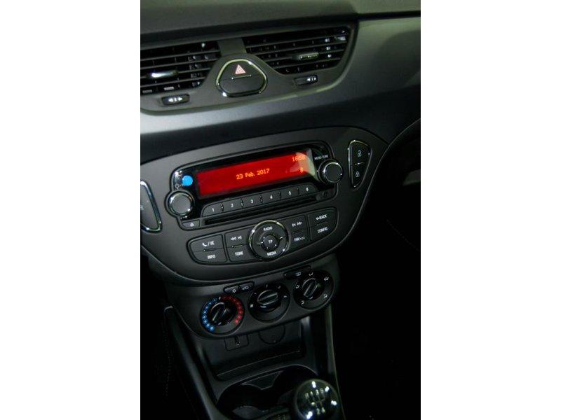 Opel Corsa 1.4 75CV Expression