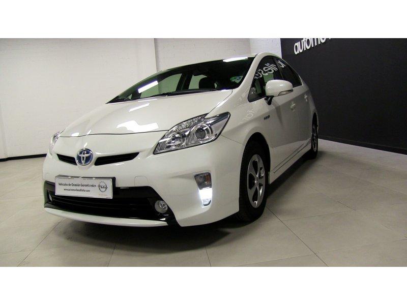 Toyota Prius Advance Advance