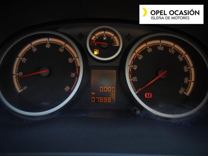 Opel Corsa 1.2 85 CV. 111 Years