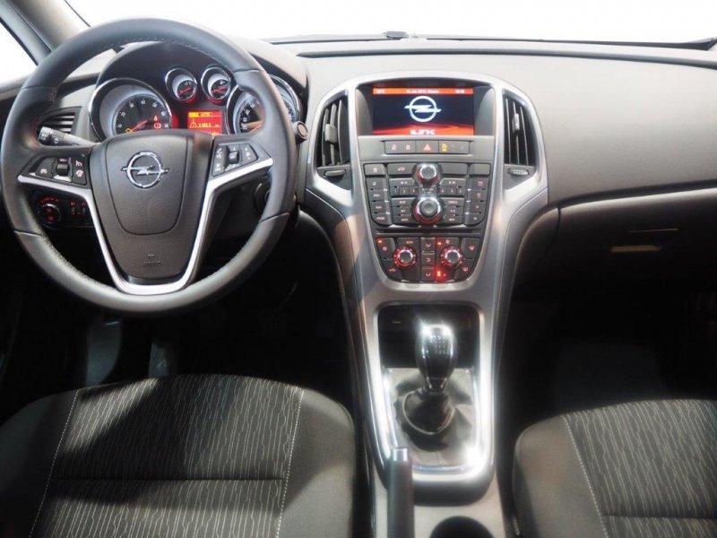 Opel Astra 1.4 Turbo Elegance