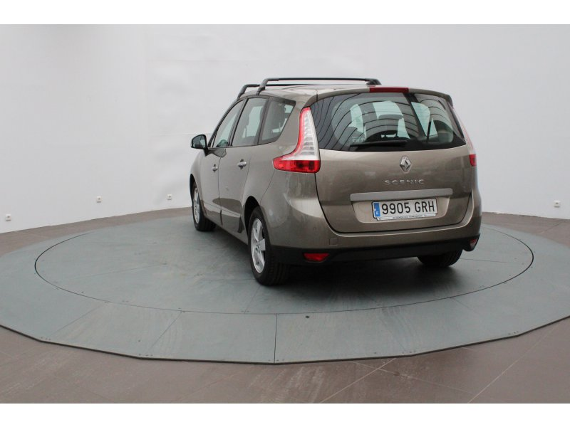Renault Grand Scénic 5 plazas 1.9dCi EU4 Privilege